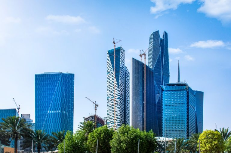 KAPSARC Analyzes the Impact of Fiscal Policy on Non-Oil GDP in Saudi Arabia Over 30 Years